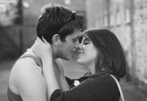 彼女とのキス