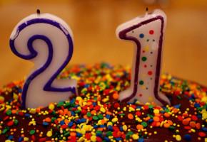 彼女の誕生日のサプライズで出したケーキ