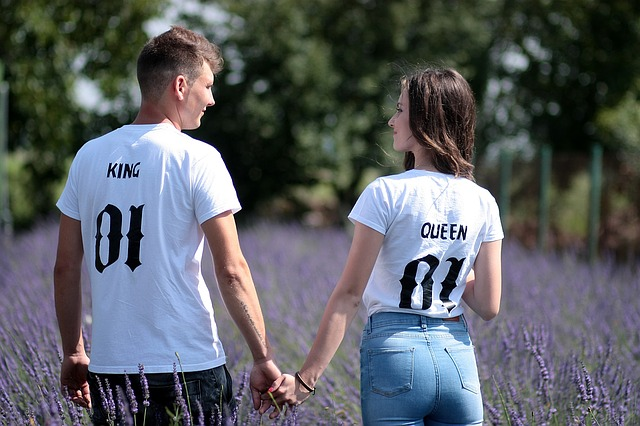 couple-1521402_640